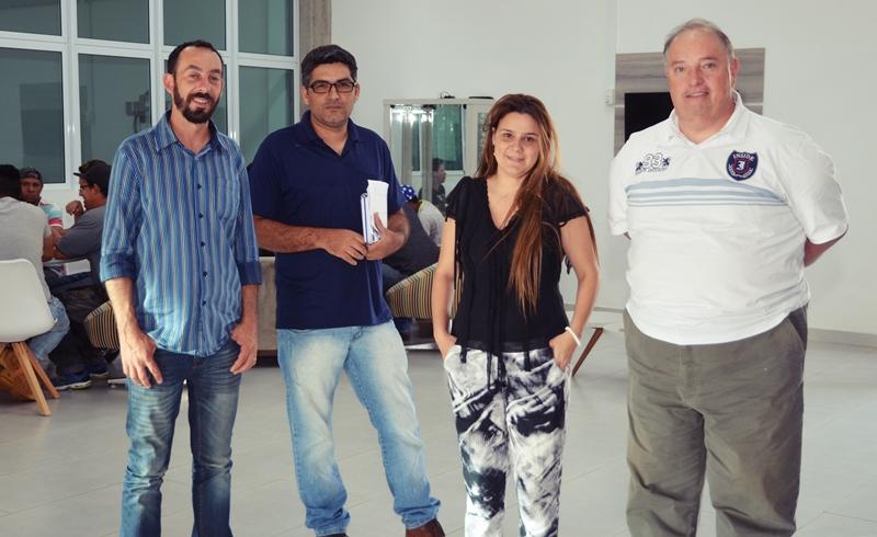 Equipe Dinâmica Energia Solar no Instituto Inova